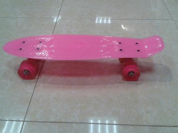 Скейтборд (розовый, светится в темноте)