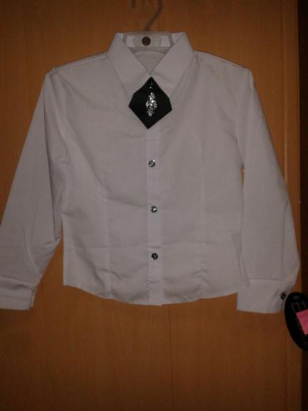 Блузка для школы белая сгалстуком