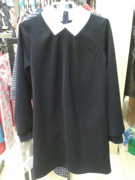 Платье сзапасным воротничком для школы