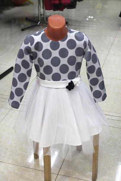 Нарядное платье для девочки «Горошина»