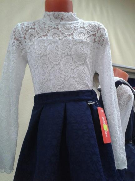 Нарядная юбка для школысвыпуклым принтом