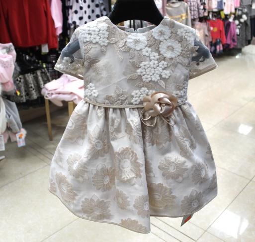Нарядное платье для девочки «Золотистый цветок»