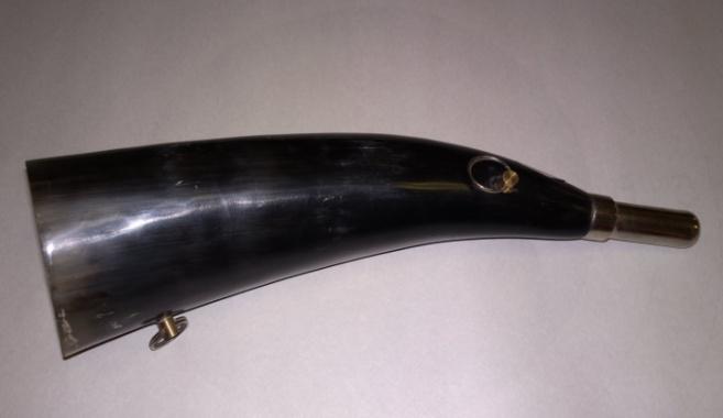 Горн охотничий (из рога) 25 (24) см.