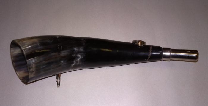 Горн охотничий (из рога) 27 см.