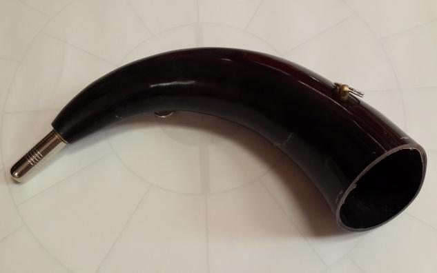 Горн охотничий (из рога) 40 см.