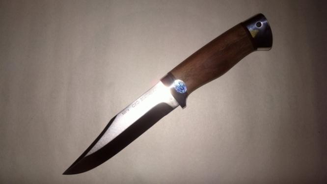Нож охотничий (Златоуст М) дерево