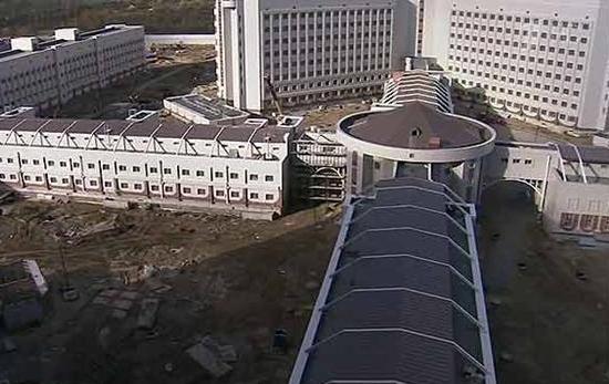 Следственный изолятор на 4000 мест г. Санкт-Петербург - 8 траволаторов