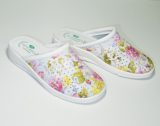 Медицинское сабо арт. Велли (принт-цветы)