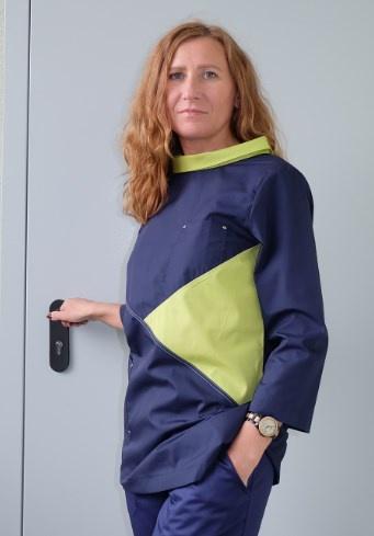Медицинская блуза арт. М-261 (т.синий, салатный)