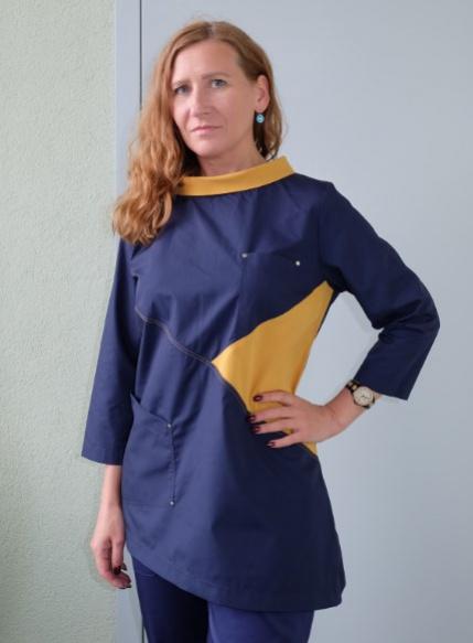 Медицинская блуза арт. М-261 (т.синий, горчичный)
